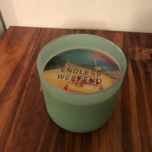 Retired Bath& body works Endless weekend candle.